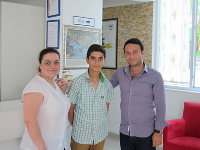 The troops at the Ayapam-Hotel in Pamukkale. Turkish hospitality at its finest. Photo: KW.