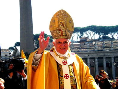 Pope Benedict on St Peter's Square. Photo: Rvin88 / http://creativecommons.org/licenses/by/3.0/deed.en