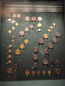Vitrine mit Münzen Sigismunds III.