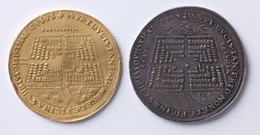 John Frederick, Duke of Wuerttemberg, neujahrsmedaillen, 1627 (reverses). Photograph: Hendrik Zietasch.