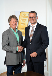 Hubert Roos, Founder of SilviOr GmbH, and Wolfgang Wrzesniok-Rossbach, Managing Director at Degussa.