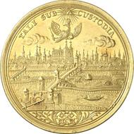 4792: Altdeutschland. Regensburg. 8 Dukaten o. J. (1749) mit Titel Franz I. Beckenbauer - (215 Anm.). Aus Auktion Künker 112 (2006), 1698. Laut Münzakten nur ein Stück geprägt. Fast vorzüglich. Taxe: 30.000 Euro.