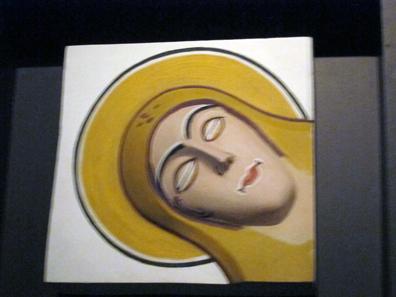 Original und Rekonstruktion des farbigen Stucks, mit dem die Klosterkirche von Müstair geschmückt war. Foto: UK.