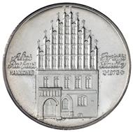 Sammlung Dr. Horst Berkowitz: Altes Rathaus in Hannover. © Landeshauptstadt Hannover Museum August Kestner. Fotos: Christian Tepper.