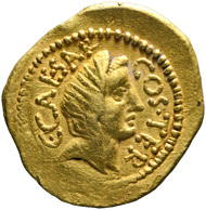 31: Roman Republican coins. Julius Caesar, + 44. Sear 1395. Good very fine. Estimate: 4,500 euros.