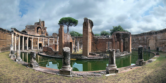 Hadrian's Villa, Tivoli, Lazio, Italy. The Maritime Theatre. Photo: Tango 7174 / http://creativecommons.org/licenses/by-sa/3.0/deed.en