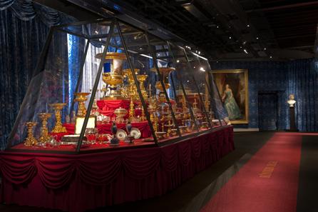 Saal Königin Olga. Foto: H. Zwietasch, Landesmuseum Württemberg.
