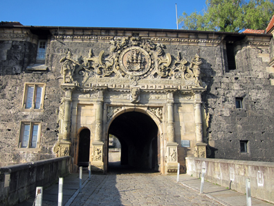 Entrance of Schloss Hohentübingen housing the Institute of Classical archaeology. Photo: UK.