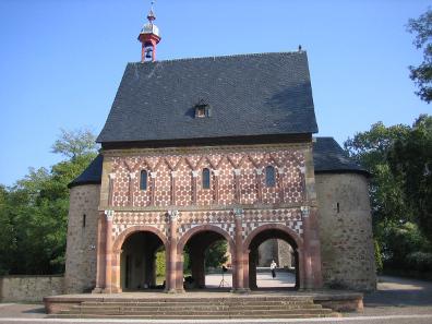 Die Torhalle des Klosters Lorsch. Foto: Matthias Holländer / http://creativecommons.org/licenses/by-sa/3.0/deed.de