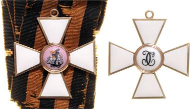2391: St. Georgsorden, Set der 2. Kl. um 1815/30. Ausruf 60.000 Euro. Zuschlag: 120.000 Euro.
