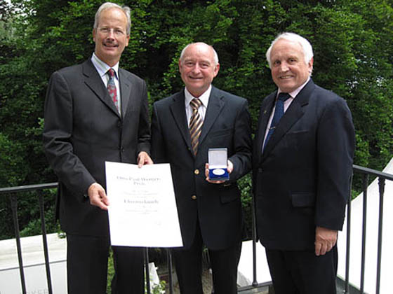 From l. to r. Marcel Häberling, president of the Association of Swiss Professional Numismatists, Kurt Rohrer, CEO of swissmint, Albert M. Beck, founder of MünzenRevue and World Money Fair.