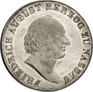 222: Nassau. Friedrich August zu Usingen, 1803-1816, und Friedrich Wilhelm zu Weilburg, 1806-1816. Konventionstaler o. J. (1815) auf den Münzbesuch in Ehrenbreitstein. Zwitterprägung. Äußerst selten. Erstabschlag, fast Stempelglanz. Schätzung: 30.000 Euro.