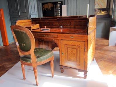 Der Schreibtisch des Schaffners / Sankturbanhof. Foto: KW.