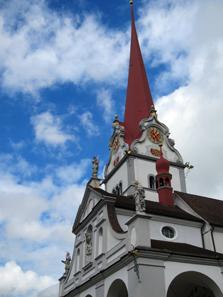 Der Turm der Stiftskirche von Beromünster. Foto: KW.