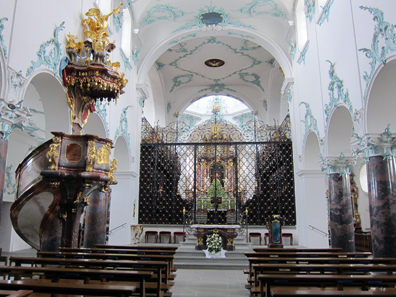 Interior of St. Michael. Photo: KW.