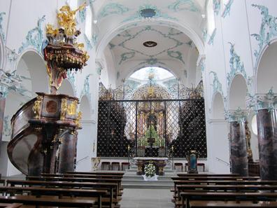 Michaelsstift: Kircheninneres. Foto: KW.