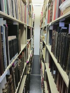 Ein Blick in die Bücherregale. Foto: UK.