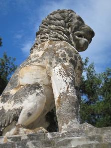 Das bekannteste Denkmal von Amphipolis stammt aus hellenistischer Zeit. Der Löwe diente einst als Grabmal. Foto: KW.