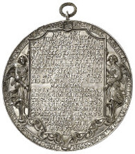 On March 13, 2014, in auction 247 of the Osnabrück auction house, one of the most beautiful Renaissance medals will be offered for sale. The gorgeous cast silver medal by Hans Reinhart is estimated at 40,000 euros.