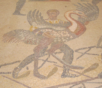 Excerpt from the mosaic in the hallway of the great hunt: ostrich. Photo: KW.