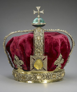 Staatskrone Georgs I. State Crown of Georg I, 1715. Royal Collection Trust / © Her Majesty Queen Elizabeth II, 2014.
