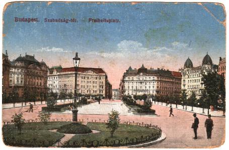 Szabadság tér (Liberty Square).