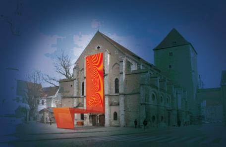 Thron vor der ehemaligen Pfalzkapelle St. Ulrich am Dom. © graficde'sign pürstinger, Salzburg.