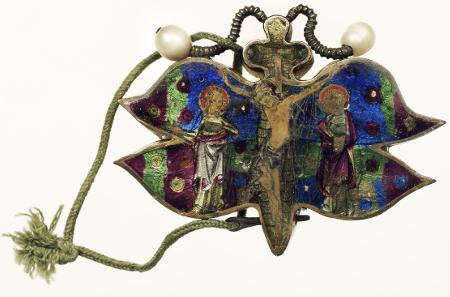 Schmetterlingsreliquiar, Paris, um 1310/1320, Silber, feuervergoldet, transluzides Email, Perlen. © Diözesanmuseum Regensburg, Foto: Uwe Moosburger.