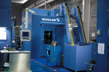 The participants also visited a Schuler press to produce tri-metal coins at the Mexican Mint facility. Source: Schuler Group.