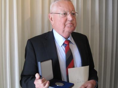 Der frischgebackene Preisträger Dieter Raab.