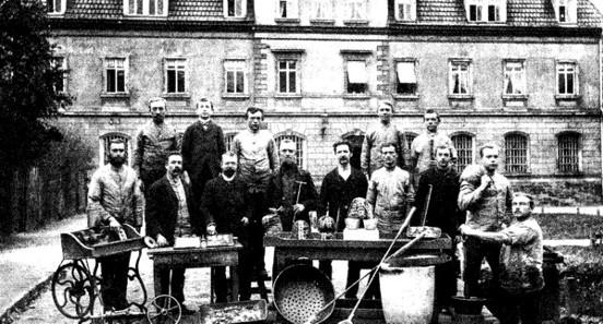 Münzstätte Muldenhütten mit den 1891 dort Beschäftigten. Quelle: Wikicommons.