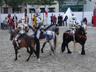 Punishment in the context of a mace tournament. Photograph: KW.
