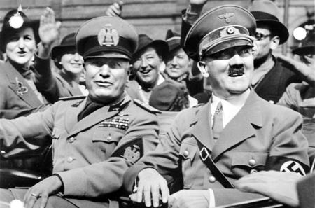 Mussolini and Hitler on September 29, 1938, after signing the Munich Agreement.  German Federal Archives, picture 146-1969-065-24 / CC-BY-SA.