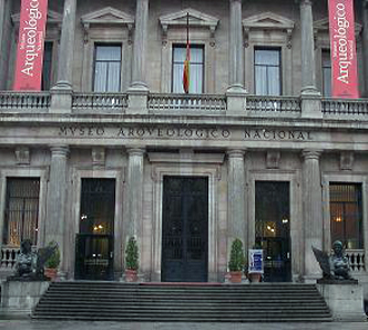 The main façade of the Museo Arqueológico Nacional today. Photograph: Dodo / http://creativecommons.org/licenses/by-sa/3.0/
