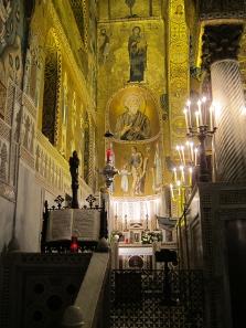 Ein Blick zum Altar für die heilige Familie. Foto: KW.
