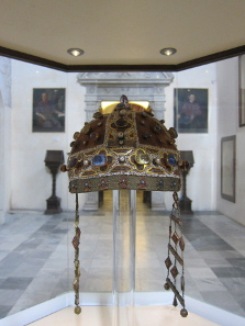 The crown that Frederick II placed in his wife's grave. Photo: KW.