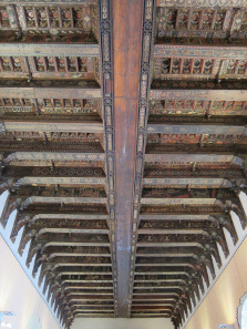 Painted wooden ceiling, completed by three Sicilian painters between 1377 and 1380. Photo: KW.