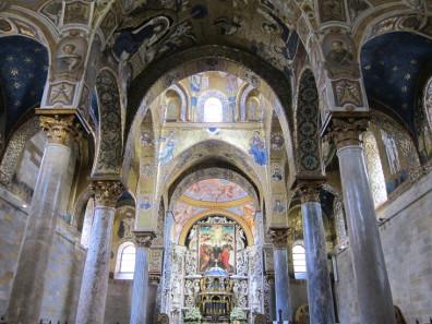 A glimpse of the Martorana's interior. Photo: KW.