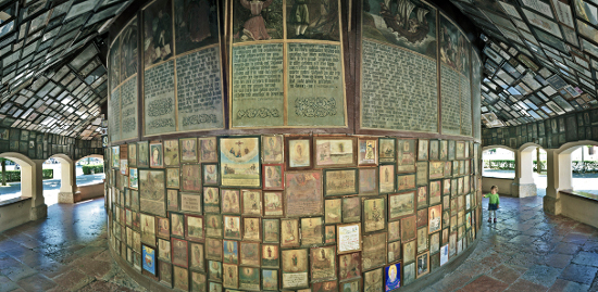 Votive paintings in the Grace Chapel in Altötting. Photograph: Martin Wimmer / http://creativecommons.org/licenses/by-sa/3.0