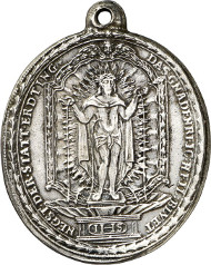 3161: Erding. Pilgrimage Church Holy Blood. Silver pendant, upright oval, end of 17th cent., in the style of the Salzburg workshop Seel. Suffering Christ with aureola and crown of thorns, from his five wounds blood is pouring that is collected in a bow standing on a piedestal decorated with an IHS emblem. Rev. bowl with soil piled up standing on the ground, with IHS emblem radiating above. 39.38 x 34.5 mm. Peus Coll. -. Och p. 162f., nr. 90. Very fine to extremely fine. Estimate: 150 euros.