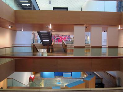 Ein Blick in den Innenraum des Rheinischen Landesmuseums Bonn. Foto: KW.