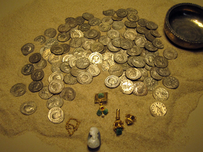 Niederbieber coin hoard II. Photo: KW.
