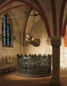 Hovering Angel by Ernst Barlach. Güstrow Cathedral. © Archiv Ernst Barlach Stiftung Güstow (Foto: Uwe Seemann).