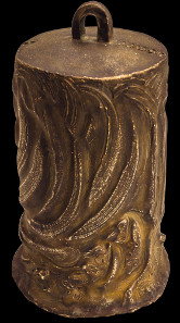 Tsunami-Inferno, 2004 / 2005. Glocke mit Relief Wellenformen und menschliche Köpfe. Bronze, Höhe 175 mm. Fotos: Friedrich Brenner.