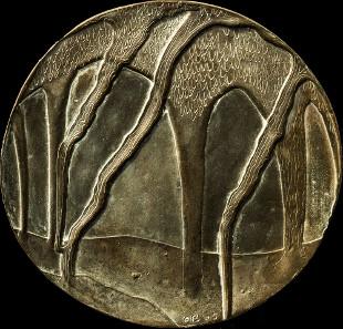 Zauberwald, 2005. Märchenhaft fließende Baumformen. Bronze, Dm. 139/142,5 mm. Fotos: Friedrich Brenner.