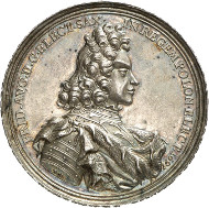 The coronation as Polish King: Frederick August I, 1694-1733. Medal from 1697 of G. Hautsch on the coronation as King of Poland. Merseb. Coll. 1390. Ex Horn Collection. From the upcoming Künker auction 258 on January 29, 2015. The piece has been estimated at 1,000 euros.