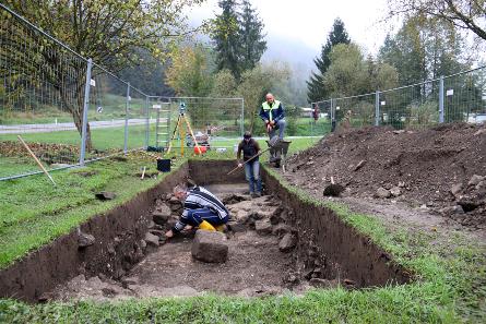 Archäologische Feststellungsgrabung beim römischen Badegebäude von Schlögen im Oktober 2014. © OÖ. Landesmuseum.