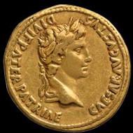 Augustus. Aureus, 7-6 BC, Lugdunum. Padova, Musei Civici, Museo Bottacin, inv. 101/1886.