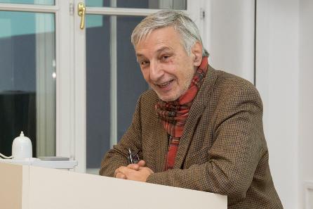 Wolfgang Szaivert bei seiner Laudatio. Foto: Kristina Klein (Institut für Klassische Archäologie der Universität Wien).