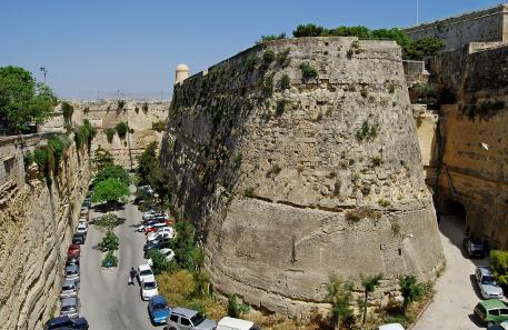 Die Stadtbefestigung von Valletta. Foto: Felix König / Wikipedia.